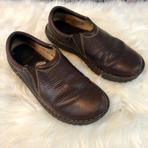 Born size 9 women's leather slip on loafers comfy